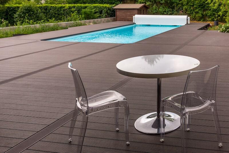 piscine container et terrasse